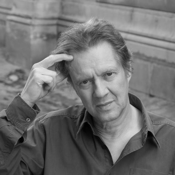 "Peter Stephan Jungk ""Die Dunkelkammern der Edith Tudor-Hart. Geschichten eines Lebens"""