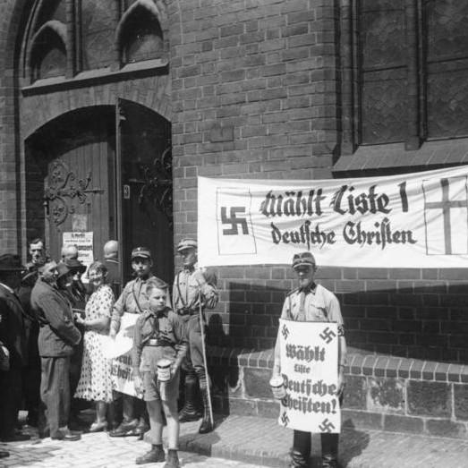 """Anna Rohr """"Christen oder Juden? Kirchen und ihre """"nichtarischen"""" Angehörigen im Dritten Reich"""""""