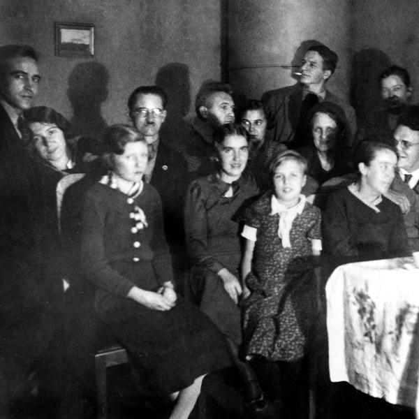 """Anja Schindler """"… verhaftet und erschossen"""". Eine Familie zwischen Stalins Terror und Hitlers Krieg"""
