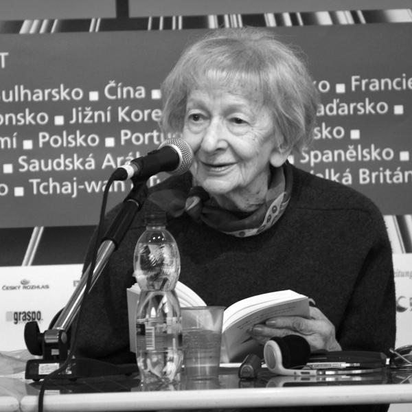 Versionen der Vorkommnisse – Die Lyrikerin Wisława Szymborska