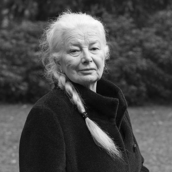 """Helga Schütz """"Die Kirschendiebin"""""""