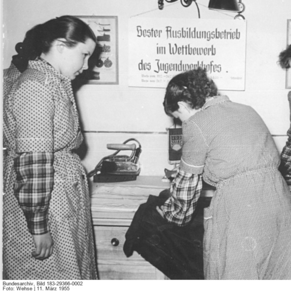 Schwer erziehbar in der DDR: Der Jugendwerkhof und seine Folgen