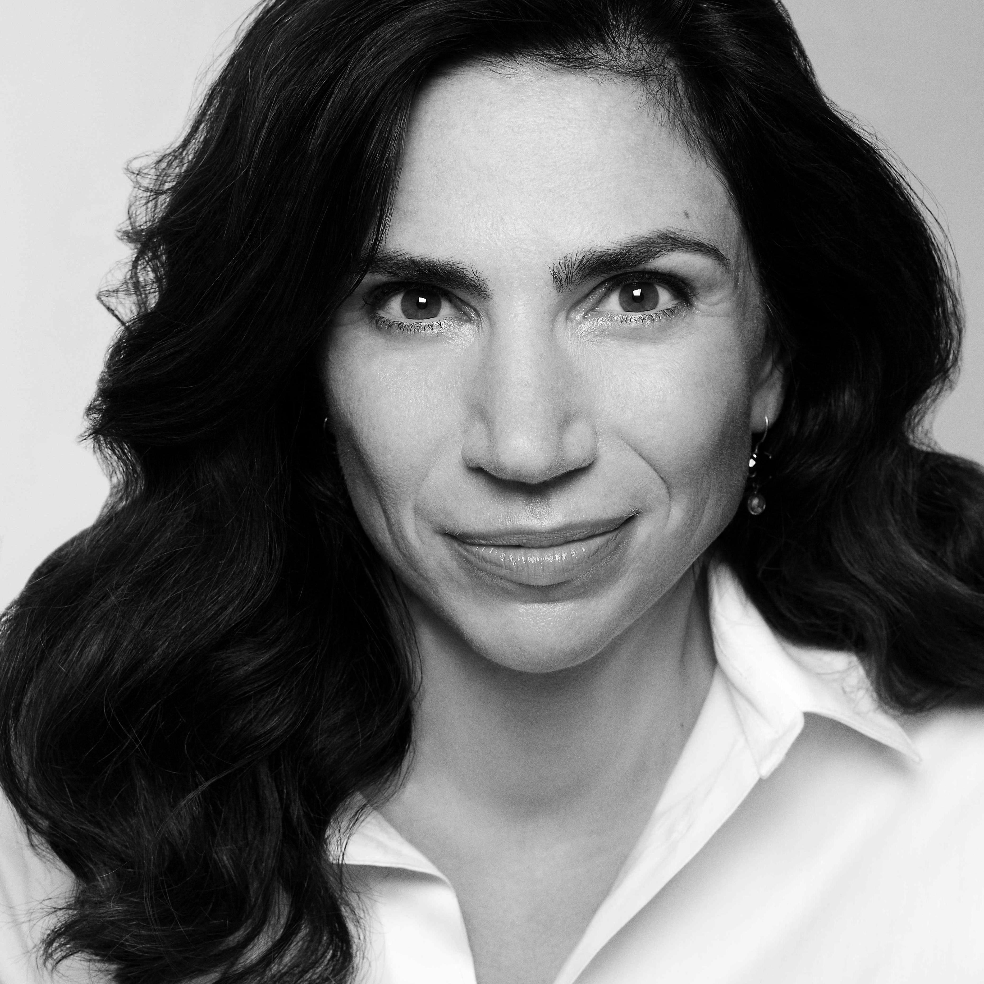 Dana Grigorceaim Gespräch mit Carola Opitz-Wiemers